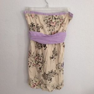 [A Fine Mess] Strapless Cream Floral Top